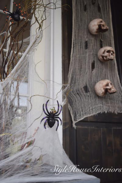 Simple Tips For Last Minute Halloween Decor