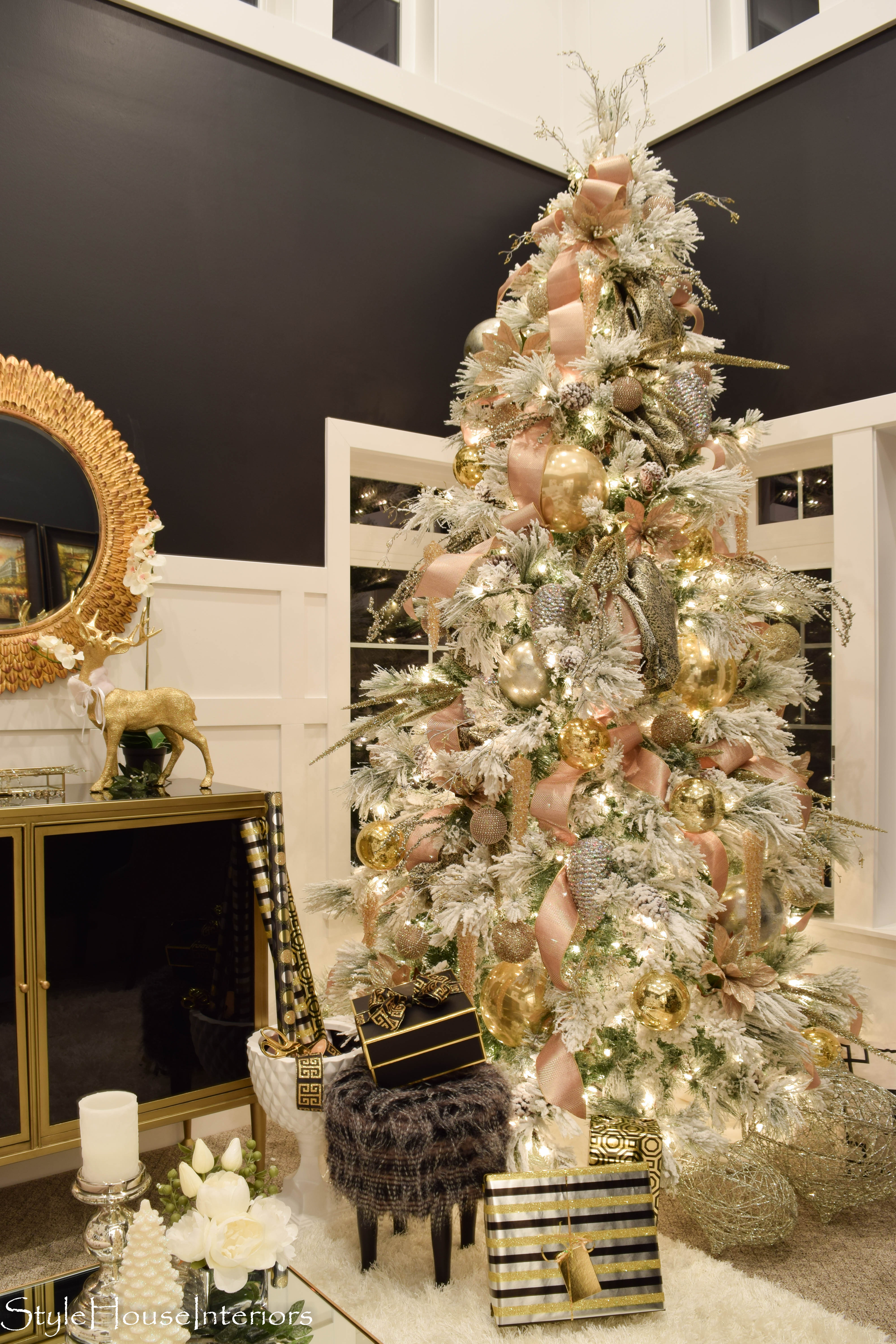 How to Decorate your Christmas Tree like a pro! - Style ...