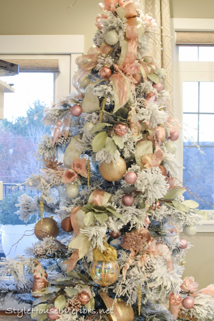 5 steps to decorating your tree