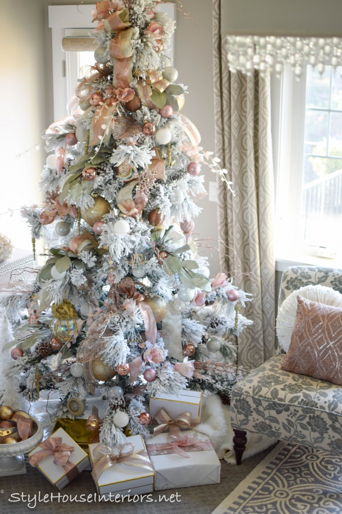 master-bedroom-christmas-Flocked tree with blush accents