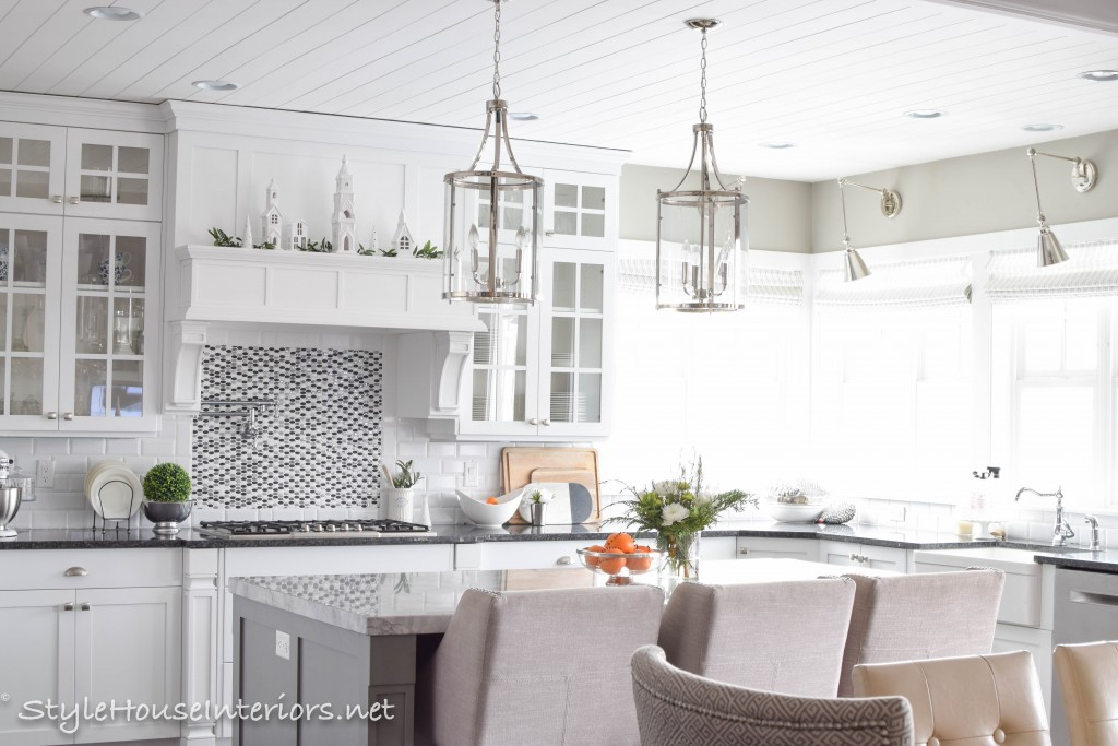 Adding touches of Christmas to your kitchen