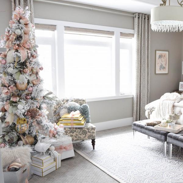 Master bedroom Christmas tour