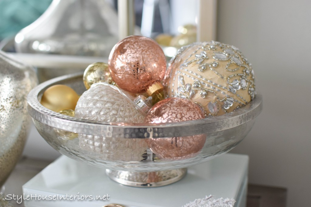 masterbedroom-christmas- a simple decor tip, add ornaments to a pretty bowl