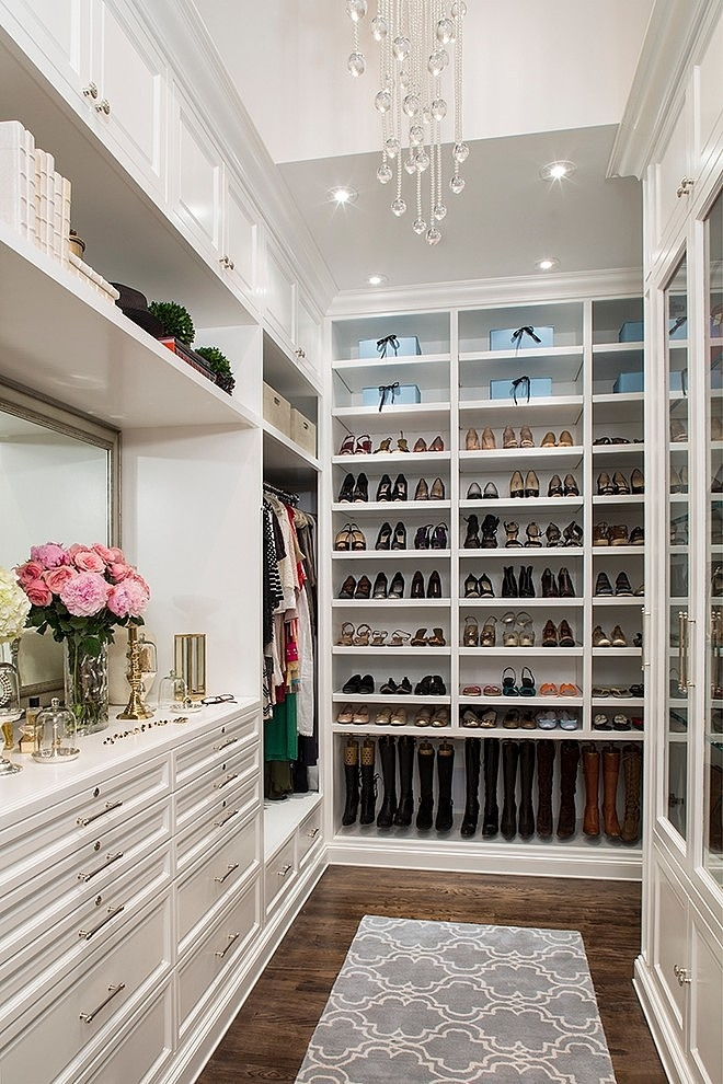On Pinterest Lately That Have Left Me With Some Serious Closet Envy I M Sharing 15 Of The Most Beautiful Walk In Ideas Ve Seen So Far